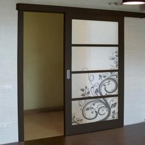 Большие межкомнатные двери в широкие и высокие проемы>