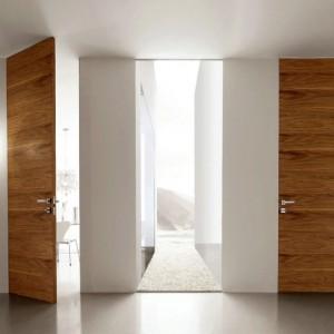 Міжкімнатні двері без коробок: позитивні і негативні сторони питання>