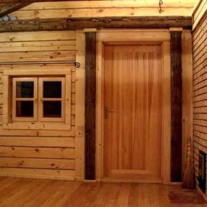 Дерев'яні двері для лазні>