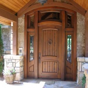 Зовнішні дерев'яні двері>