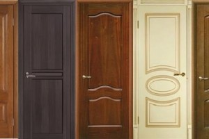 Дверь филенчатая из сосны: купить её или рассмотреть вариант цельного массива