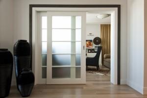 Какие бывают виды межкомнатных дверей 100 см?