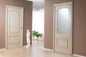 Межкомнатные двери высотой 2100: как выбрать?