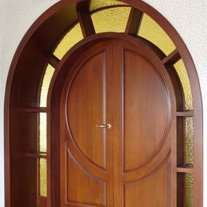 Двери из массива дуба: в чем их преимущества?>