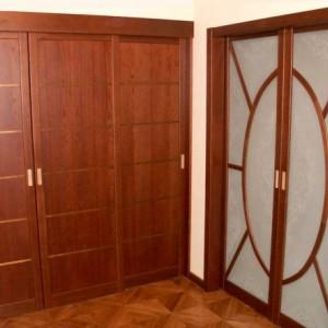 Двері з масиву на замовлення>