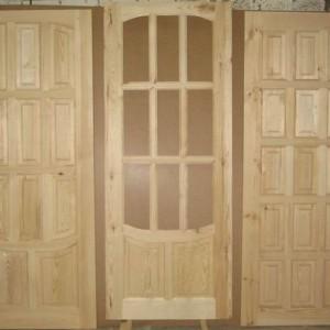 Дачные деревянные двери>
